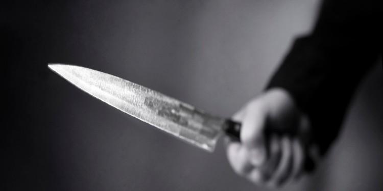 ataque-con-cuchillo